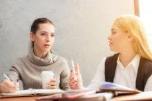 Développer l'écoute active pour mieux communiquer avec les clients